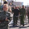 В «параде пленных» в Донецке боевики для массовки задействовали заключенных из местных колоний