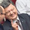 Порошенко просит своих депутатов поддержать Яценюка при одном условии