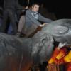 Кернес через суд потребует восстановления памятника Ленину в Харькове