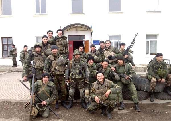 Солдаты делятся фотографиями в соцсетях и пишут о ненависти к Путину за решение использовать войска против Украины