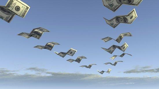 Отток капитала из РФ в 2014 г может достигнуть $100 млрд