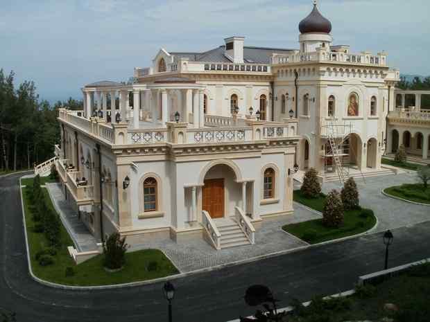 скромный домик Кирилла
