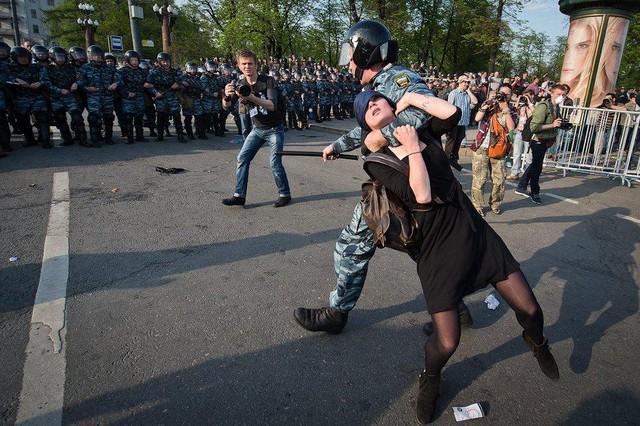 Банда путина предупреждает,что 29 апреля разгонит демонстрацию народа по неразрешённому ею маршруту