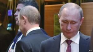 Президент России Владимир Путин в перерыве встречи лидеров четырех стран