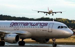 Фото: AP Во Франции разбился пассажирский самолет