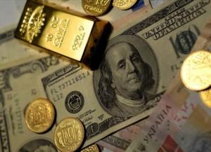 Нардеп утверждает, что в кабинете правоохранителя были драгоценности и золото