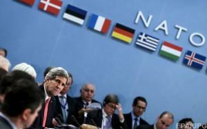 Учитывая приостановку сотрудничества НАТО с Россией, в большом количестве представителей страны уже нет необходимости