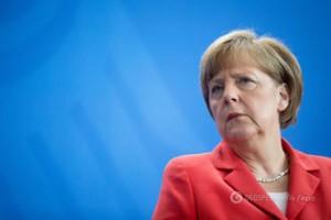 Меркель рассказала Порошенко о своей встрече с Путиным