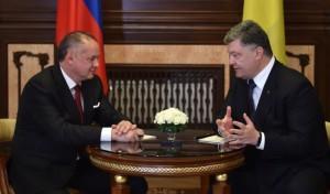Петр Порошенко и Андрей Киска / Фото пресс-службы президента
